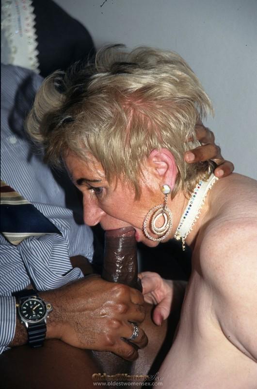 Je baise une salope de plus chez elle - 2 part 3